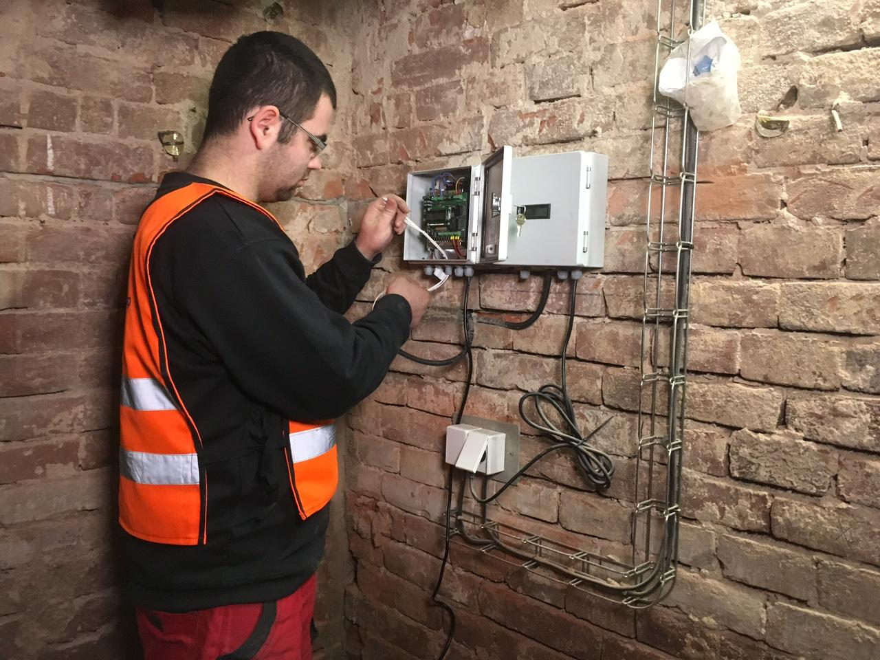 elektro_AKJI_instal
